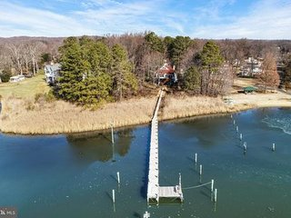 Waterfront Annapolis Area 3BR/3BA Retreat with Private Pier