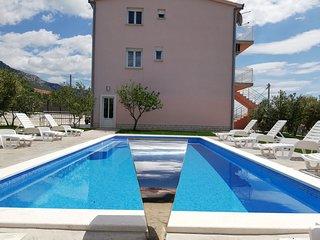 Luxury residence Villa Val