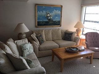 Vero Beach Golf Condo Welcoming Vacation Travelers