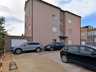 Apartment 26749