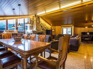 Soldeu Ski Chalet Penthouse 180m2 - village centre