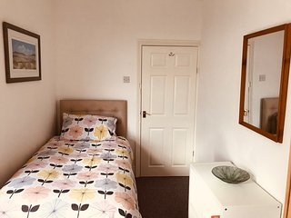 Cosy house sleeps 5 near Beamish, Newcastle & Durham