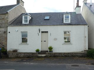 77335 Cottage situated in Jedburgh (2.5mls NW)