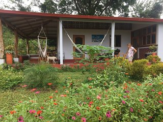 BEAUTIFUL LITTLE HOUSE with BUTTERFLY GARDEN (CASITA)