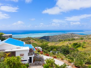 Villa with beautiful view on Rodrigues island for 8 people, pool, internet, wifi