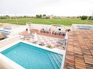 Private Luxury Holiday Villa & Pools,located between La Marina & San Fulgencio