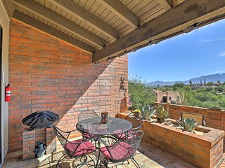 NEW! Townhome w/ Private Patio & Mountain Views!