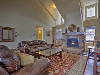 NEW! Deluxe Granby Ranch Hillside Home w/ Hot Tub!