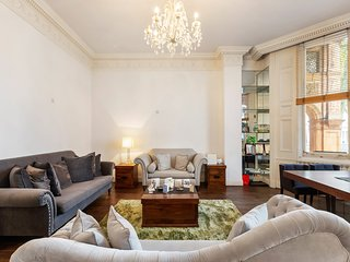 Stunning 2 Bed Apt, Sleeps 3 in Kensington