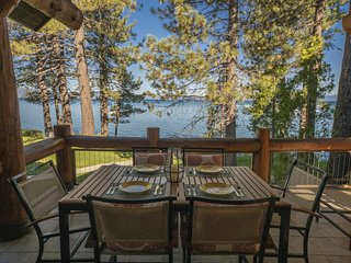 Luxury Living on Lakefront Resort - 4BR/4BA Super High End Home w/ Amenities