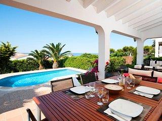 VILLA BINI CEL - Exclusive, charming, heated pool, perfect location