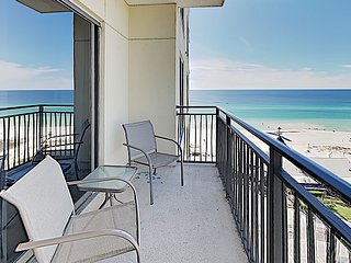 11h-Floor Studio w/ Gulf Views, Private Beach Access, Rooftop Pool & Spa
