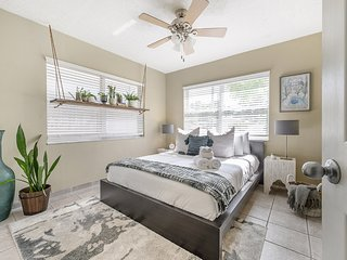 'Tuscany in Tampa' - 3 BR Mediterranean Inspired