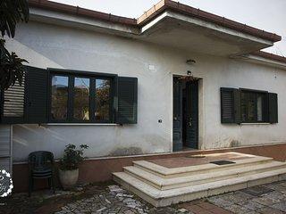 Raffi House- Casavacanze