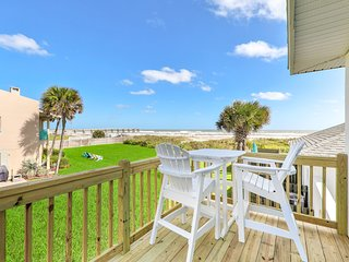 Adorable, oceanfront rental w/ a furnished balcony - just steps from the beach