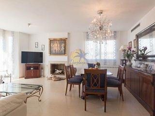 Elegant villa for 7 people with barbacoa in Vilafortuny
