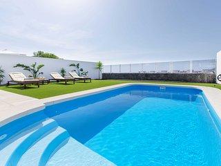 Casa Princesa Gara, moderna y  con piscina cerca de las Playas de Papagayo