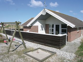Beautiful home in Hvide Sande w/ Sauna, WiFi and 4 Bedrooms (P62872)