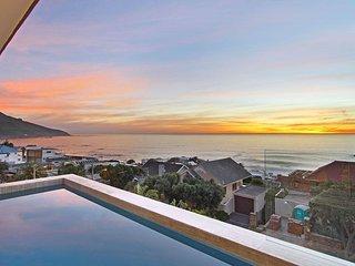 Gorgeously Styled Double Storey Luxury Rental