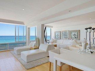 Stylish Beachfront Apartment