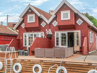 Beautiful home in Søgne w/ 3 Bedrooms