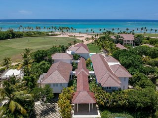 Perfect Ocean view and golf view Villa in Punta Cana