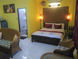 Koh Tao - Master Family Room 1-5p