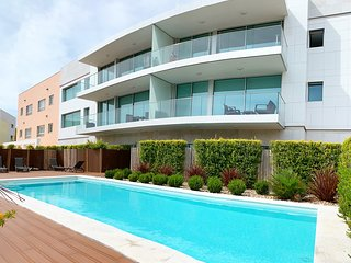 Cascais Avenida Loft- by OnartStays - Pool, Parking & Walking distance to beach