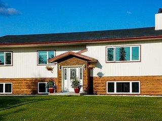 NEW! Fairbanks Alaskan Abode, 1 Mi to Pioneer Park