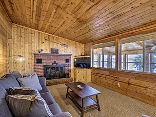 NEW! Charming Lakefront Escape w/ Dock and Kayaks!