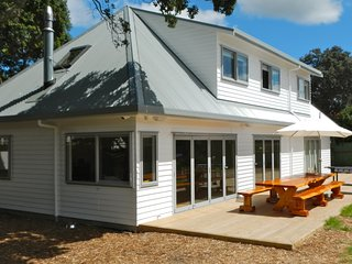 Surf's Place - Waihi Beach Holiday Home