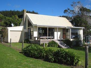 Beachfront Cottage - Opito Bay Holiday Cottage, Abel Tasman National Park