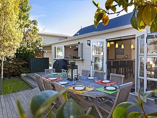 Findlay Cottage - Taupo Holiday Home