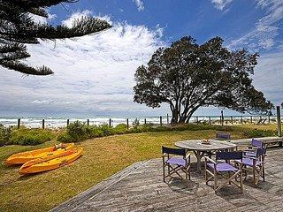 Carmens Beachside Bach - Waihi Beach Bach