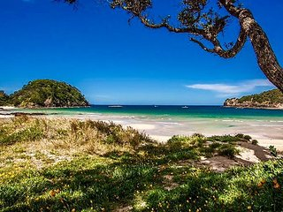 Matapouri Dunes - Matapouri Holiday Home, Abel Tasman National Park