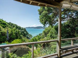 Langs Hideaway - Langs Beach Holiday Home, Abel Tasman National Park