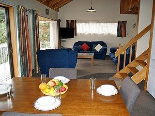 Bush Henge - Golden Bay Holiday Home (Tata Beach)
