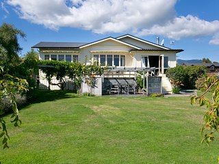 Mere Magic - Taupo Holiday Home
