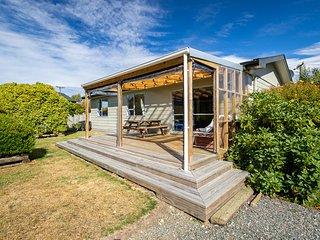 Takahe Cabin - Te Anau Holiday Home