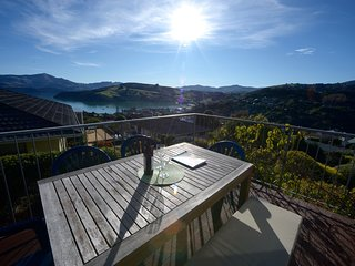 Harbour View - Akaroa Holiday Home