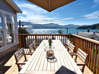 Clovelly - Akaroa Holiday Home