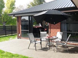 Aston Escape - Blenheim Holiday Home