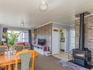 Snowdrop Cottage - Ohakune Holiday Home