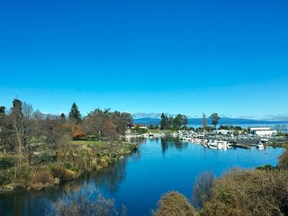 The Mooring – Lake Taupo Holiday Apartment