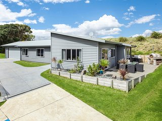 Oceans Oasis - Ohope Holiday Home