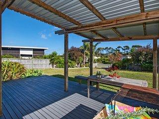 Kiwiana Breeze - Mangawhai Holiday Home