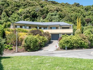 Rue Noyer Lookout - Akaroa Holiday Home