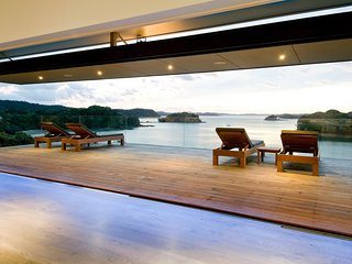 Oke Beach House - Rawhiti Luxury