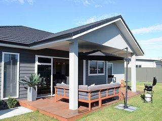 The Kaituna Villa - Te Awa Holiday Home