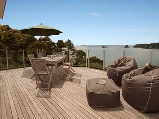 Pacific Views - Hahei Holiday Home